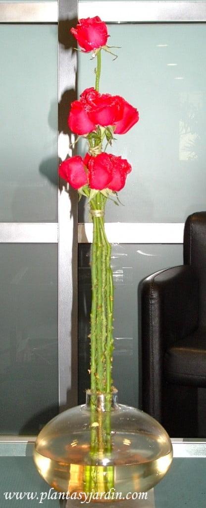 Bouquet floral de rosas rojas