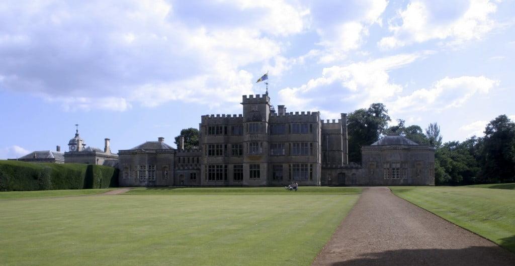 (*) Rousham House, casa de campo de estilo Jacobino en Oxfordshire