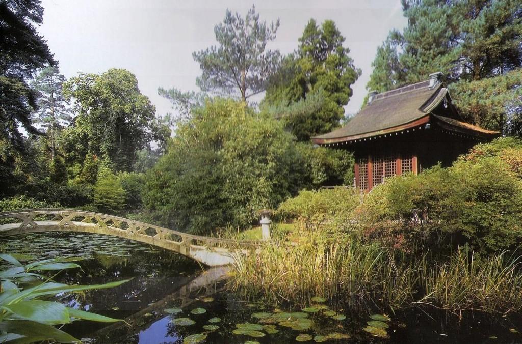 Tatton Park, Cheshire, panorama jardín japonés 1910. Foto: Libro Gdes. Jardines de Europa-Ehrenfried Kluckert.