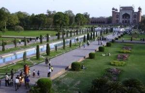 jardines del Taj Mahal. Foto: Wikipedia.