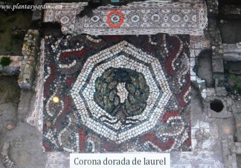 corona dorada de laurel simbolo de triunfo militar romano